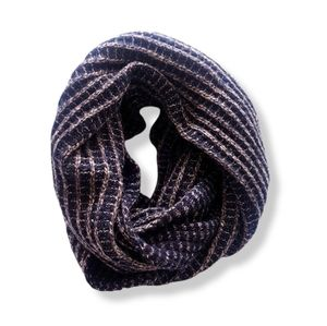 INFINITY Navy & Tan Knitted Scarf